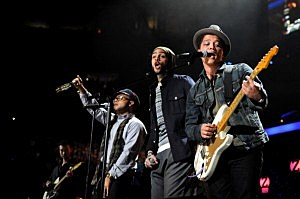 Bruno Mars With Travie McCoy Live