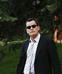 Charlie Sheen Leaves Court