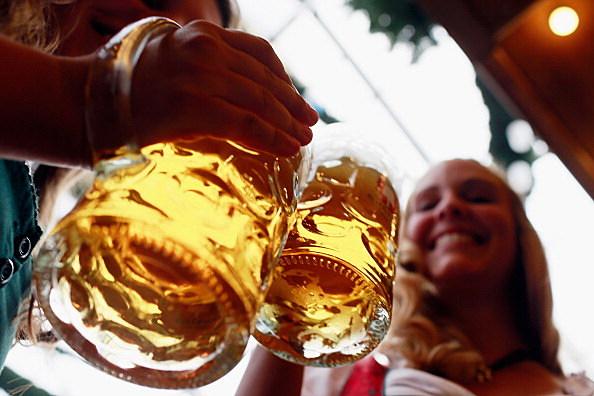 Oktoberfest, bierstube, beer