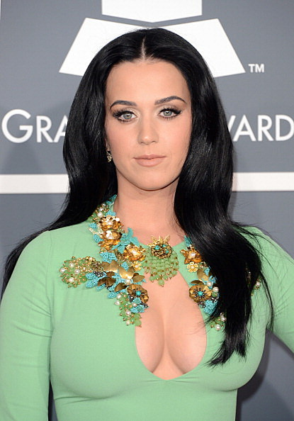 Katy Perry - 2013 Grammy's Red Carpet