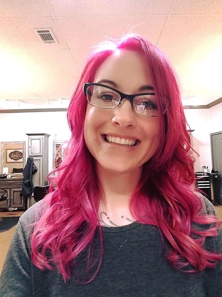 Kat Tries A Diy Bleach Bath To Lighten Her Hair